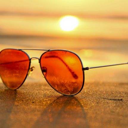 Wenn die heißen Wochen vor der Tür stehen, zieht auch die Umsatzflaute durchs Land. Mit unseren 5 Marketingtipps nutzst Du das Sommerloch effektiv.